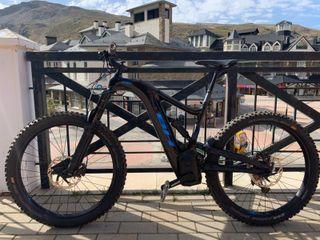 Bicicleta Electrica BH ATOM X Carbon 6 PRO