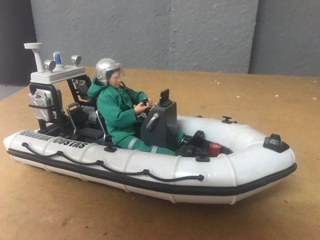 Embarcación neumática-Casco rígido Madelman