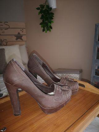 zapato tacon grueso