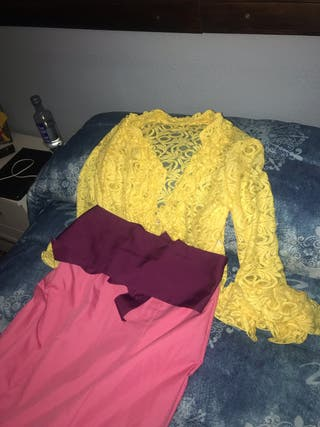 Falda, blusa y fajín flamenco