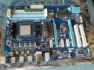 Placa base GIGABYTE GA-970A-DS3