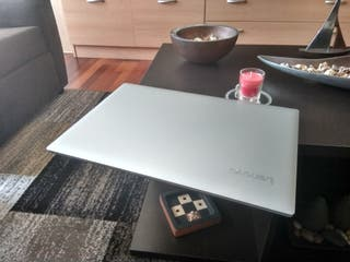 "Lenovo Ideapad 15.6"" procesador AMD A9 de 7ªGen"