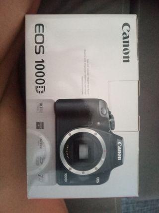 cámara canon EOS 1000D + objetivo 18-55
