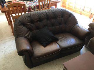 Sofá y sillón chester