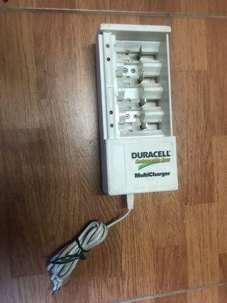 Cargador de pilas Duracell