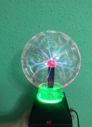 Lámpara electricidad estática.