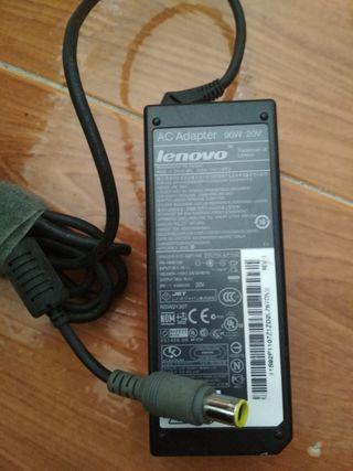 Cargador Portatil Lenovo 92P1107