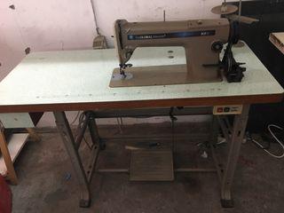 Máquina de coser en muy buen estado