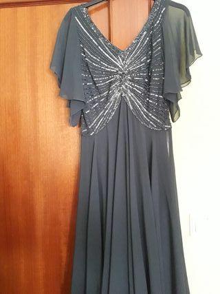 902879257aa7 Vestido de fiesta corto de segunda mano en Valencia en WALLAPOP