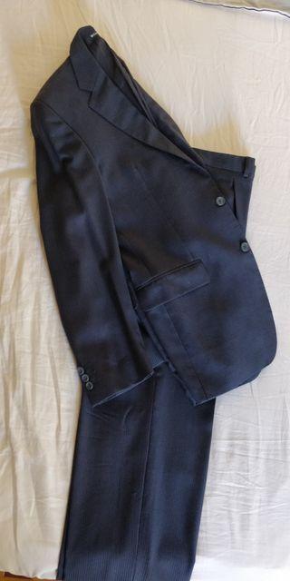 Trajes americana y pantalón