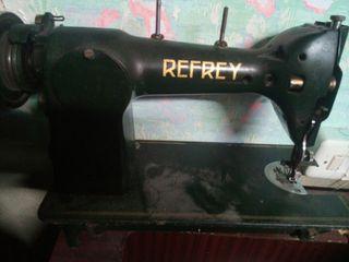 máquina coser refrey