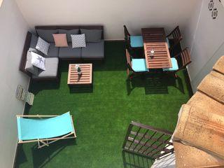 Sofá jardín + mesa + sillas