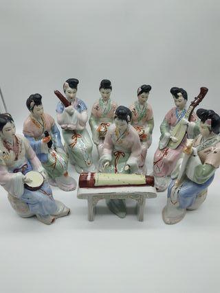 Juego 8 figuras geisha