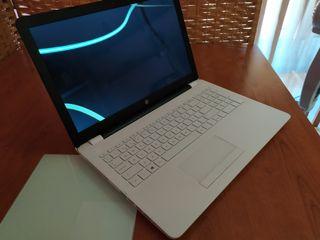 "Portátil - HP 15.6"", 1TB de Disco duro, 8GB de Ram"