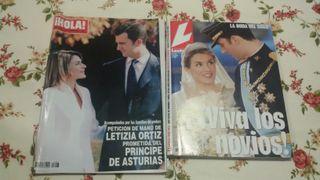 2 revistas Hola, Pedida y boda real