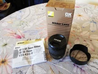 Objetivo Nikon AF-S 18-70 3.5-4.5G ED para DX