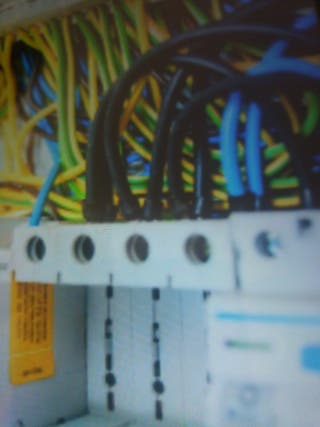 ELECTRICISTA TLF 662 02 70 70 PEPE
