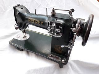 Máquina de coser REFREY ~ 1955