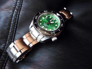Reloj automatico Sharkmaster homenaje MM300