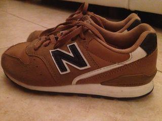 Zapatillas New Balance Niño Niña talla 31