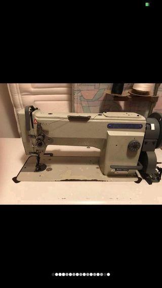 Máquina de coser Fomax triple arrastre