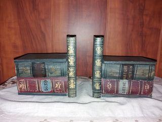 Sujeta libros de madera 20 €