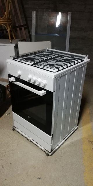 cocina con horno beko