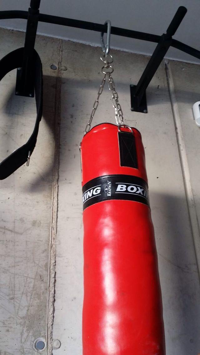 Saco de Boxeo Guantes