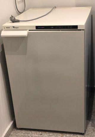 Congelador Philips seminuevo