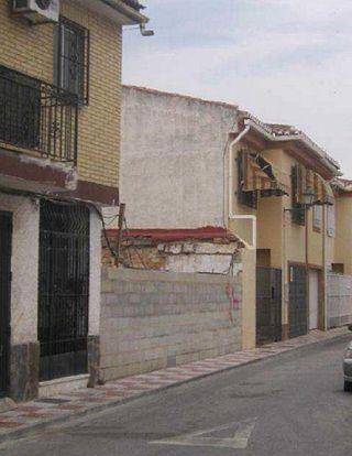 Terreno en venta en Zubia (La)