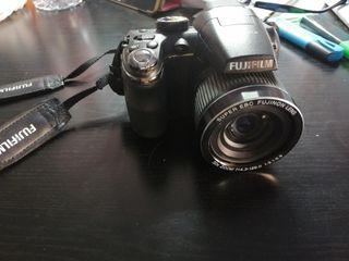 cámara Fujifilm compacta