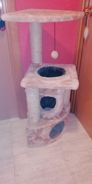 Torre de rascar para gatos