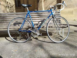 bicicleta carretera competición conor road 3000