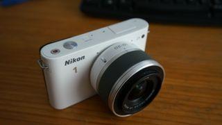 Nikon 1 J1 10-30mm