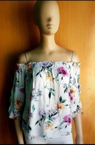 blusa de Bershka