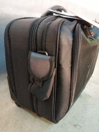 maletin portatil con ruedas targus