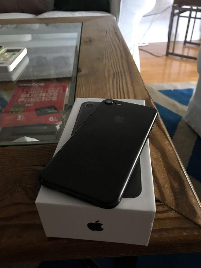 iPhone 7 128gb libre color negro