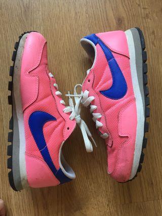 Nike AIR MAX 270 (GG) CN9577 100