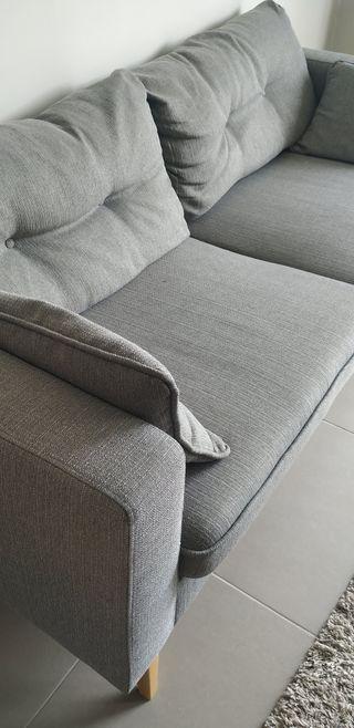 Sofá escandinavo 3 plazas gris claro