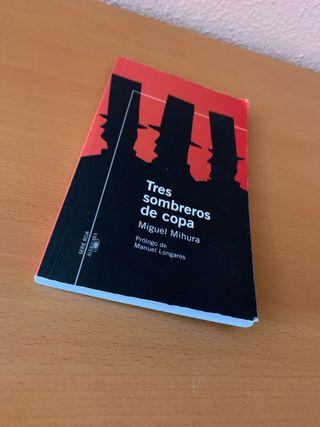 Libro teatral Tres sombreros de copa. Miguel Mihur