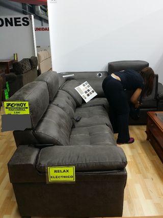 sofa rinconera muy grande antimanchas.