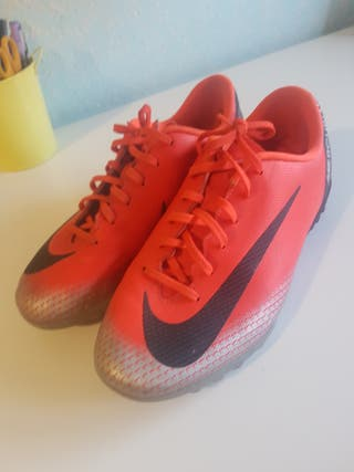 botas de futbol Nike Mercurial 38 multitaco