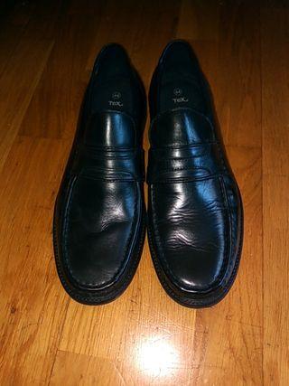 MD001 Zapatos de cuero T. 44