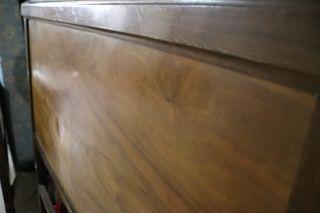 Cabecero antiguo restaurado
