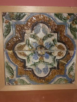 Azulejo antiguo sevillano