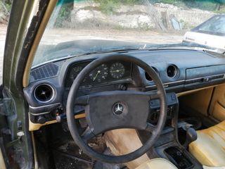 Mercedes-Benz w123 300d 1979