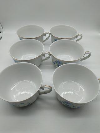 Juego de seis tazas de porcelana