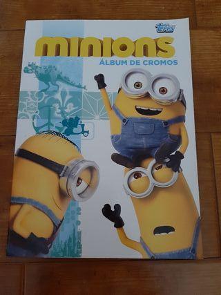 Álbum cromos The Minions (incompleto)