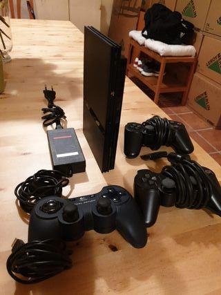 PS2 mas 4 mandos y varios juegos