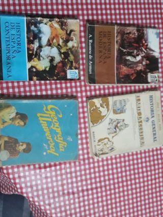 Lote de 4 libros antiguos de Historia
